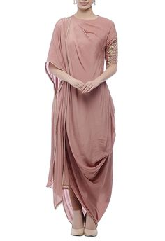 Buy Cedar embellished kurta set by Nidhika Shekhar at Aza Fashions Western Dresses, Indian Dresses, Indian Outfits, Indian Attire, Indian Wear, Kurta Designs, Blouse Designs, Ethnic Fashion, Indian Fashion