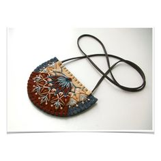 Wool Felt Statement Necklace // Hand by LoftFullOfGoodies Felt Necklace, Fabric Necklace, Diy Necklace, Pendant Necklace, Wool Embroidery, Embroidery Jewelry, Textile Jewelry, Fabric Jewelry, Premier Designs Jewelry