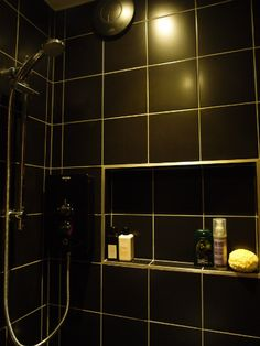 My black tiled bathroom is finished!