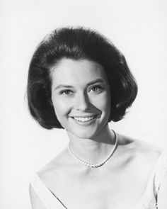 Online celebrity details for Diane Baker. See the pictures, main movie and television roles and read full biography and filmography. Classic Actresses, Hollywood Actresses, Actors & Actresses, Brunette Actresses, Vintage Hollywood, Classic Hollywood, Famous Photos, Cinema, Classic Movie Stars