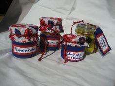 Olivenpaste, eingelegter Schafskäse und mehr