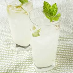 Mojito Recipe Beverages, Cocktails with confectioners sugar, lime, fresh mint, crushed ice, white rum, carbonated water, fresh mint