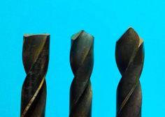 Como reparar y afilar brocas para metal en una piedra de esmeril
