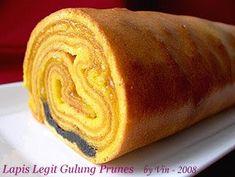 Enjoyable Baking: Lapis Legit Gulung Prunes