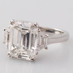 Engagement Cartier: Exquisite Estate Cartier Engagement Ring, Emerald Cut Diamond.