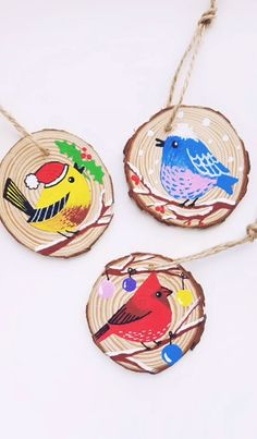 Wood painting with Birds - Artistro - Wood painting with Birds Look at this gorgeous Christmas birds on the wood slice. Step by step tutorial with Artistro Wood slices kit. Cute birds on the wood slice tutorial - Painted Christmas Ornaments, Christmas Bird, Wood Ornaments, Cheap Christmas, Hand Painted Ornaments, Wood Slice Crafts, Christmas Paintings, Wood Slices, Painting On Wood