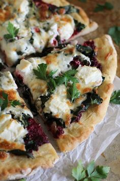 Beet Pesto Pizza with Kale and Goat Cheese | #glutenfree #beet #pesto #pizza #kale