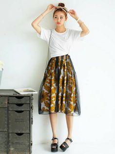DHOLIC | DHOLICさんのスカート「DHOLIC ビッグフラワーミディフレアスカート」を使ったコーディネート