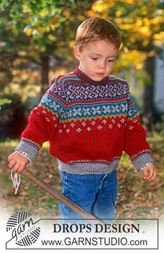 SmåDROPS DROPS Design child's sweater Jersey in Karisma with borders on the yoke free pattern