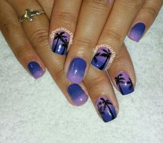 Ombre, purple nails. Palm trees. She's ready for San Diego! Vacation. #PreciousPhanNails