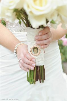 Wedding bouquet photo charm in honor of a loved one @andreadozier http://www.andreadozier.com/blog/2012/02/28/chanler-inn-wedding-part-2-destination-wedding-photography-by-andrea-dozier/