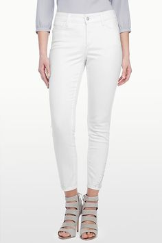 NYDJ - The Original Slimming Fit, AMIRA FITTED ANKLE WITH RHINESTONE DETAIL, optic white, Denim > Skinny All, M77L57DT4393