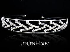 Headpieces - $12.99 - Fantastic Clear Crystals Wedding Bridal Tiara (042004261) http://jenjenhouse.com/pinterest-g4261