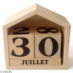 Calendrier perpétuel - Maison en bois - 7,3 x 7,8 cm