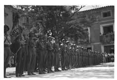 Bandera entregada al XIX c. ejército en Torrebaja ; Bandera entregada a la 28 División General Menéndez en Chelva (entre 1936 y 1939) - Finezas Civilization, Spanish, War, Popular, Outdoor, Outdoors, Spanish Language, Popular Pins, Outdoor Games
