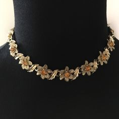Vintage chocker necklace This exquisite vintage kismet adjustable chockerfeatures genuine measures 17inc end to end Vintage Jewelry Necklaces