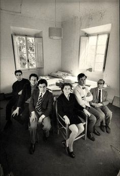 Archizoom in 1969. Right to left.- Gilberto Corretti, Andrea Branzi, Massimo Morozzi, Lucia Morozzi Bartolini, Dario Bartolini, Paolo Degane...