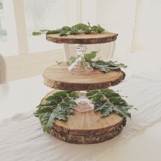 Little Farmstead: Rustic {Cupcake} StandLittle Farmstead. just look for some candlesticks of various heights at the thrift store and we could have a whole dessert table display!Top 16 Rustic Wooden Wedding Cake Stand Pictures for your Outdoor Wedding Them Wood Slice Crafts, Wood Crafts, Deco Table Champetre, 3 Tier Cupcake Stand, Rustic Cupcake Stands, Cake Stands Diy, Rustic Cupcakes, Christmas Crafts, Christmas Decorations