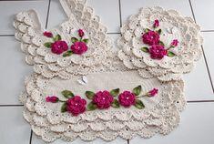 Diy And Crafts, Crochet Earrings, Crochet Hats, Christmas Ornaments, Holiday Decor, Crochet Ornaments, Crochet Flowers, Needlepoint, Dressmaking