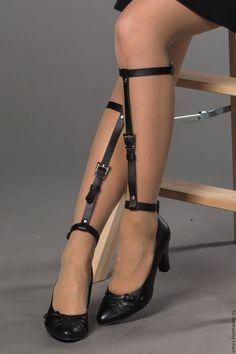 """Купить Портупея из кожи на ножки """"Weave"""" - черный, однотонный, гартеры, украшение на ноги, портупея"""
