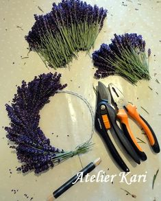 Atelier Kari creates wreaths, hearts and decorations from beautiful natural materials ., Atelier Kari creates wreaths, hearts and decorations from beautiful natural materials. Deco Nature, Nature Decor, Nature Crafts, Lavender Crafts, Lavender Wreath, Lavander, Lavender Bouquet, Deco Floral, Arte Floral