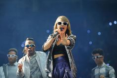 Taylor Swift Photos - Taylor Swift Performs 'The 1989 World Tour Live' in St. Louis - Zimbio
