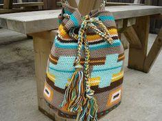 Made by MG: Free crochet pattern tasssen * Inspired by Mochila Bags * By MG bag © Diy Crochet Stitches, Crochet Crafts, Free Crochet, Knit Crochet, Tapestry Bag, Tapestry Crochet, Crochet Handbags, Crochet Purses, Crochet Bags