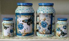 Vidros decorados com pintura e decoupagem Bottle Painting, Bottle Art, Mason Jar Gifts, Mason Jars, Jar Crafts, Diy And Crafts, Paisley Art, Recycled Glass Bottles, Decoupage Vintage