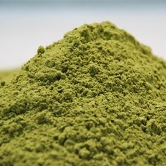 #Moringa is rich in #nutrients & when cold crushed into powder form contains ALL essential #aminoacids, forming a complete #protein source & robust list of #vitamins, #minerals, #co-enzymes & #antioxidants. #Cortisol is the arch enemy of a perfect body & is released during stress! #Insulin is the best defender against cortisol & only activates with #carbs in #recoveryfood. Moringa activates insulin's release deterring cortisol's release = preventing post workout meals turning into fat!