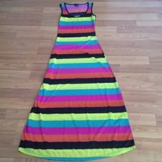 Multicolored Maxi Dress Beautiful maxi dress from Rue 21. Perfect for Easter or Spring. I took the tags off but I've never wore it. Rue 21 Dresses Maxi