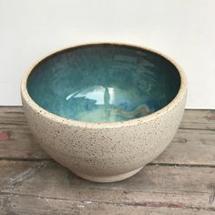 Amaco potter's choice blue rutile and textured turquoise – Ceramic Art, Ceramic Pottery Pottery Plates, Slab Pottery, Glazes For Pottery, Ceramic Pottery, Pottery Art, Painted Pottery, Pottery Studio, Pottery Painting Designs, Pottery Designs