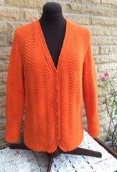 Purchase machine knitting designs online.