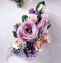 MY COLORS:PURPLE, GOLD & IVORY.Mauve and light pink shades in a corsage to pin on. Change it to a wrist corsage with a velcro wristlet, or put it on a pearl or decorative wire wristlet. Boutonnieres, Prom Corsage And Boutonniere, Flower Corsage, Corsage Wedding, Wedding Bouquets, Bridesmaid Bouquet, Bridesmaid Dresses, Purple Wedding, Floral Wedding