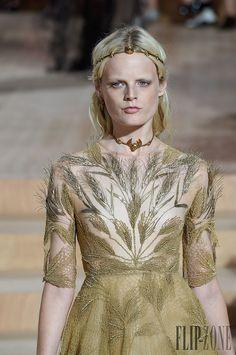 Valentino Embroidery, Crochet, Lace... Keka❤❤❤