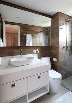 Ideas Bathroom Shelf Decor Round For 2019 Bathroom Remodel Tile, Bathroom, Small Bathroom, Bathrooms Remodel, Bathroom Shelves, Bathroom Decor, Bathroom Shelf Decor, Bathroom Design, Shelf Decor