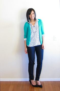 Putting Me Together [blog] - never would have thought to pair the blue skinny jeans with the lighter blue/teal cardi?  Cute!