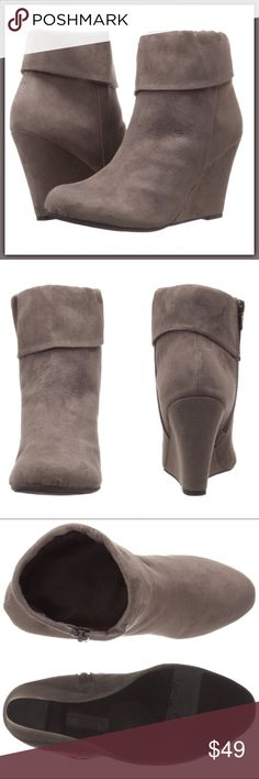 "NWT Gray brown wedged booties / ankle boots ➖NEW  ➖SIZE: 6.5  ➖STYLE: Beige / Gray colored faux suede Wedged booties / ankle boots .' Fold over over top embellishments.      ➖wedge ~4""  ❌NO TRADE     Entropycat Shoes Ankle Boots & Booties"