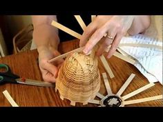 Basket Weaving 101 (making baskets with pine needles)