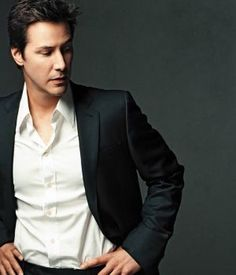 Keanu Reeves......oh Keanu...the things I want to do to you!