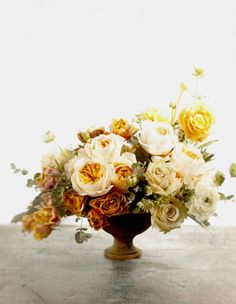 ♥ the bouquet of cut flowers.
