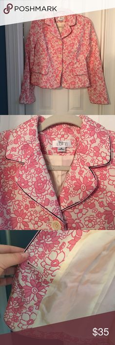 Loft vintage 50's inspired pink floral jacket 12 Where to start! This is the cutest vintage type jacket- it's almost a quilted material. It's piped out in thin black- what's cuter than pink and black? Has a tiny spot on the left arm (I'm going to spot clean it and see if I can get it out. The pictures do not do this justice! I wore this with a black skater circle skirt and cream blouse with a black ribbon tied at the neck or black crop pants with ankle slits- this is a special piece LOFT…