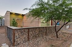 Sensual Modern fence rogers ar,Garden fence gate ideas and Wooden fence panels lowes. Gabion Fence, Gabion Wall, Timber Fencing, Brick Fence, Front Yard Fence, Farm Fence, Fence Gate, Fenced In Yard, Bamboo Fencing