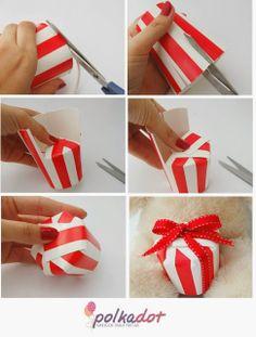 tutorial / PAP caixinhas de lembrancinhas para o Natal feitas com copos de papel
