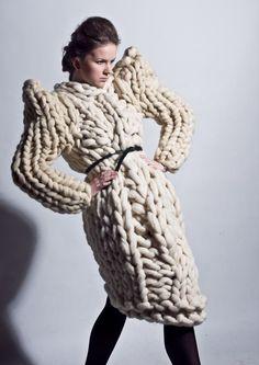 Grosse maille. Gilet en grosse laine. Pull en tricot géant. Tricots mode unique. Grand manteau tricot - pour elle. Confortable pull en fil épais - manteau