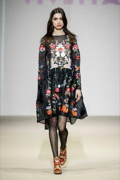 Take a look to Vivetta Collections Fall Winter 2015-16collection: the fashion accessories and outfits seen on Milano runaways.