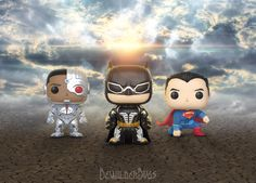 The Justice League are forming, the first 3 superheroes have arrived.