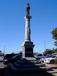 Located on the grounds of the Harrison County Courthouse Confederate Statues, Confederate Monuments, Confederate States Of America, America Civil War, Southern Heritage, Southern Men, Southern Pride, Southern Style, American Revolutionary War