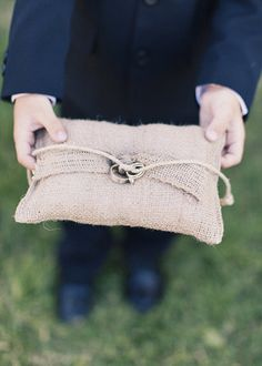 Burlap ring pillow (Photo by Alixann Loosle Photography)