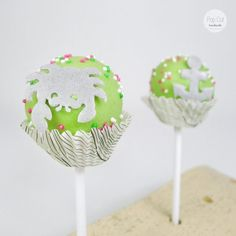 Cake Pop Standard Krebs Cake Pops, Desserts, Handmade, Diy, Food, Different Shapes, Cake Ideas, Tailgate Desserts, Bricolage