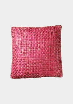 I am loving this rasberry color right now!!   //  WATER HYACINTH CUSHION   TOAST